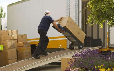 5 Moving Tips for Newlyweds in Londonderry NH